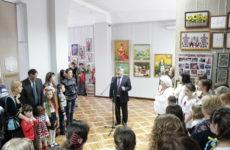Відкрилася обласна виставка сімейної творчості «Єдина родина»