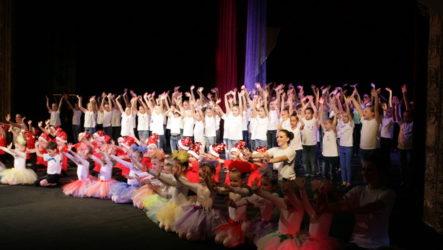 Присвоення звання «зразковий» хореографічній студії «Пірует»