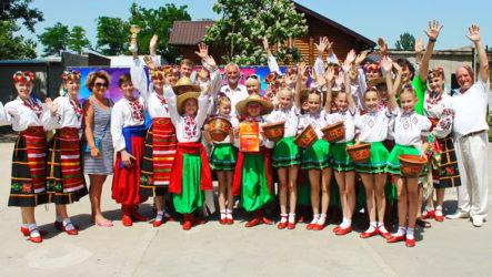 Відбулось урочисте закриття Регіонального конкурсу сюжетного танцю та малих форм «Чарівний чобіток»