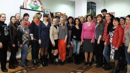 «Зіркові» майстер-класи на обласному семінарі для керівників дитячих вокальних колективів