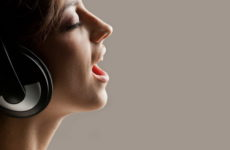 5 простих рецептів для зміцнення голосу