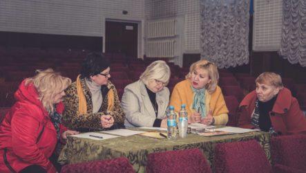 Обласний огляд сільських театральних колективів розпочався