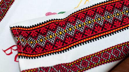 Великодній рушник: традиції вишивки, значення символів і кольорів, особливості виробів майстринь Миколаївщини
