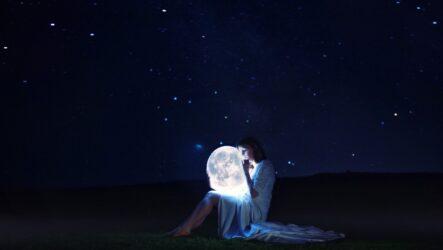 Місяць у народній культурі: амулети, прикмети, народна метеорологія й ворожіння