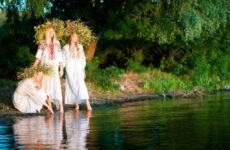 7 календарно-обрядових пісень для тих, хто хоче відрізняти русальні пісні від купальських, а петрівчані від жниварських