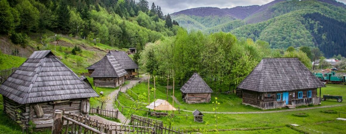 Будівництво оселі: народні традиції, повір'я та прикмети